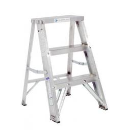 Escalera tipo plataforma de aluminio